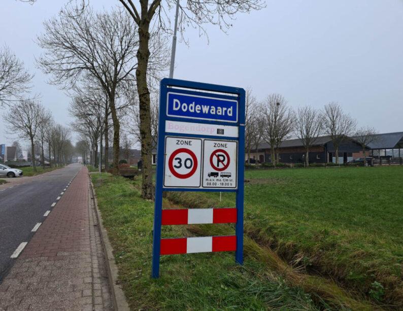 Roadtrip Nederland langs vreemde plaatsnamen