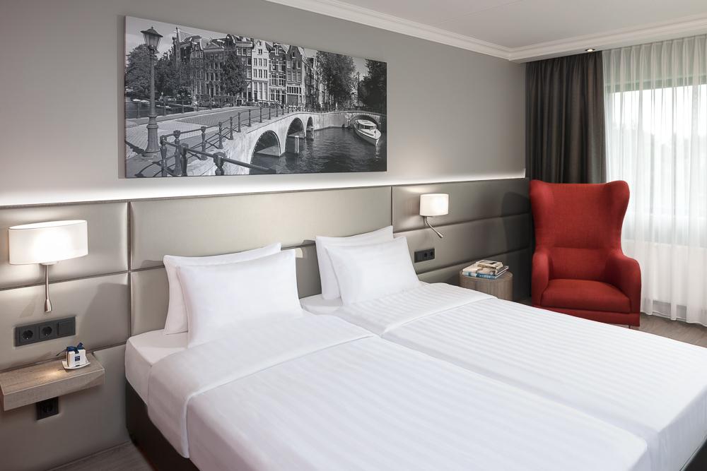 Gerenoveerde kamer Dorint Airport-Hotel Amsterdam