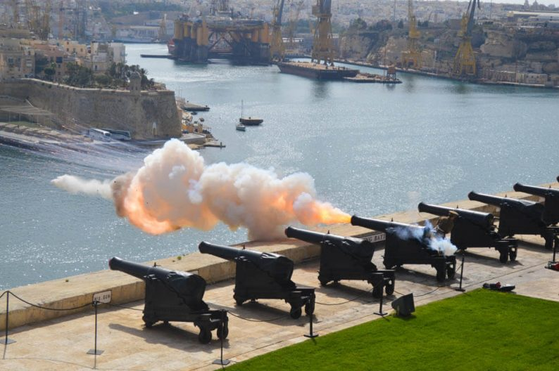 Kanonschoten op Malta