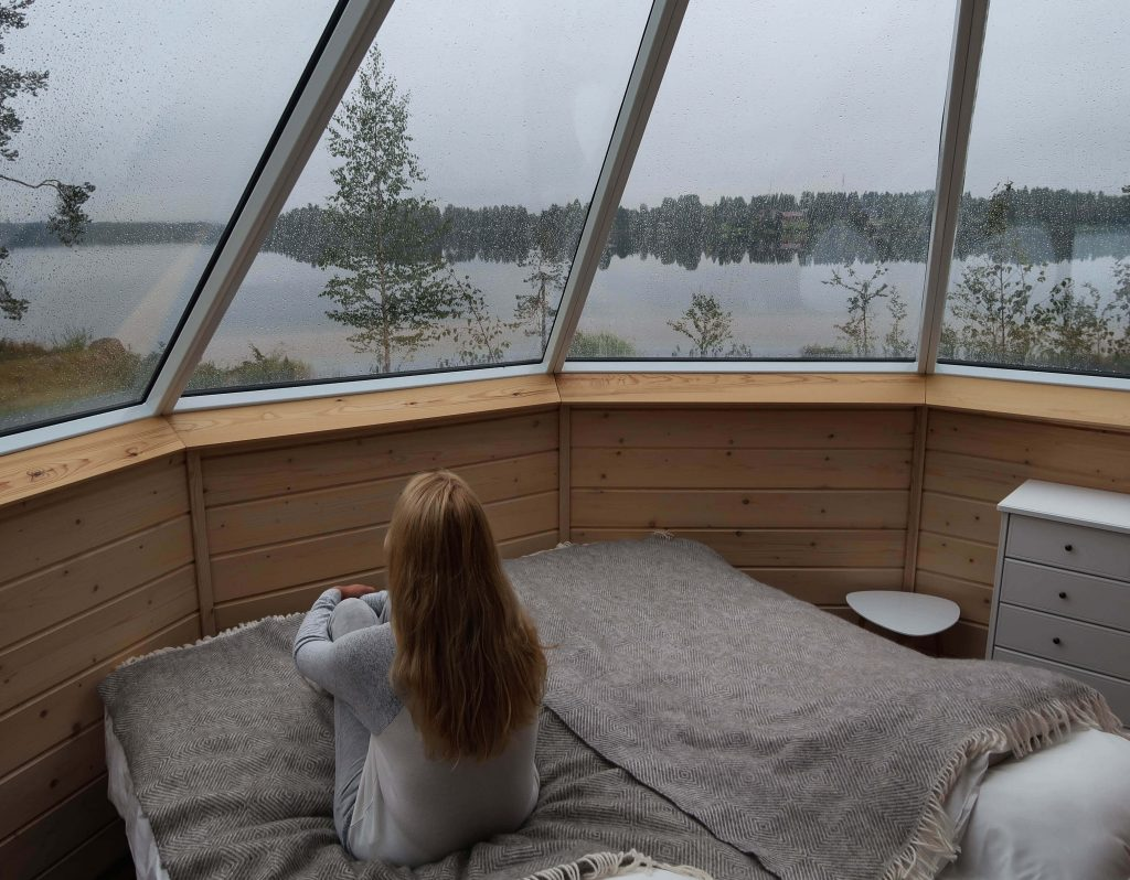 Slapen in de Skycabin van Saija Lodge