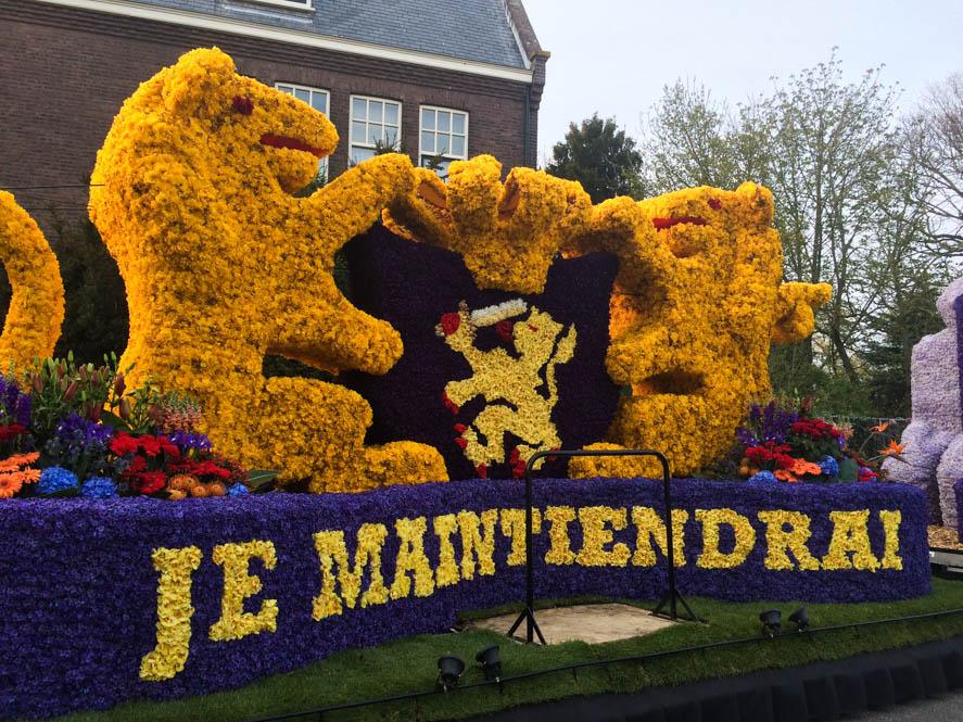 Bloemencorso Noordwijkerhout, Hollands spektakel