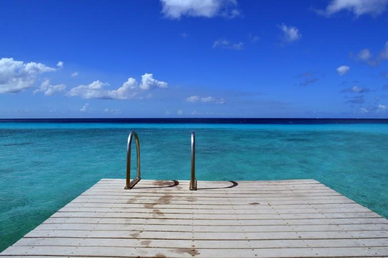 De vakantietrends voor 2015 - Strand zwembad zonder grenzen ...