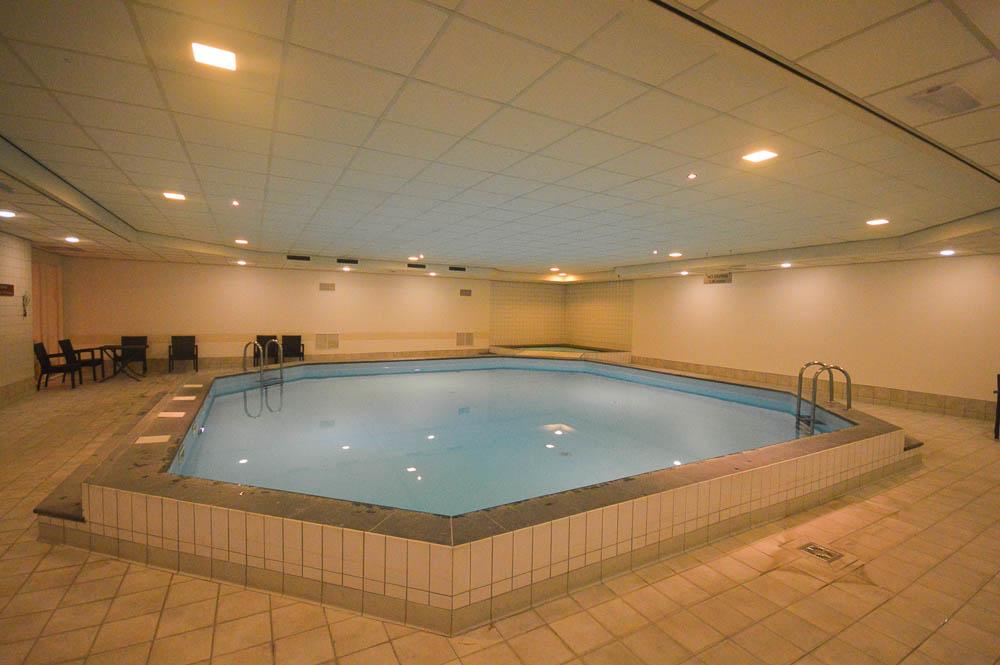 Zwembad- Dorint Amsterdam Airport Hotel