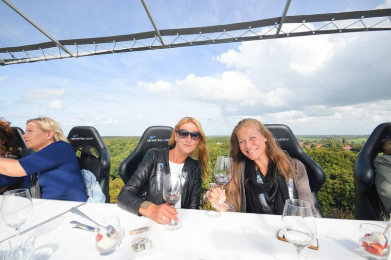 Unieke belevenis; Dinner in the Sky - Nederland