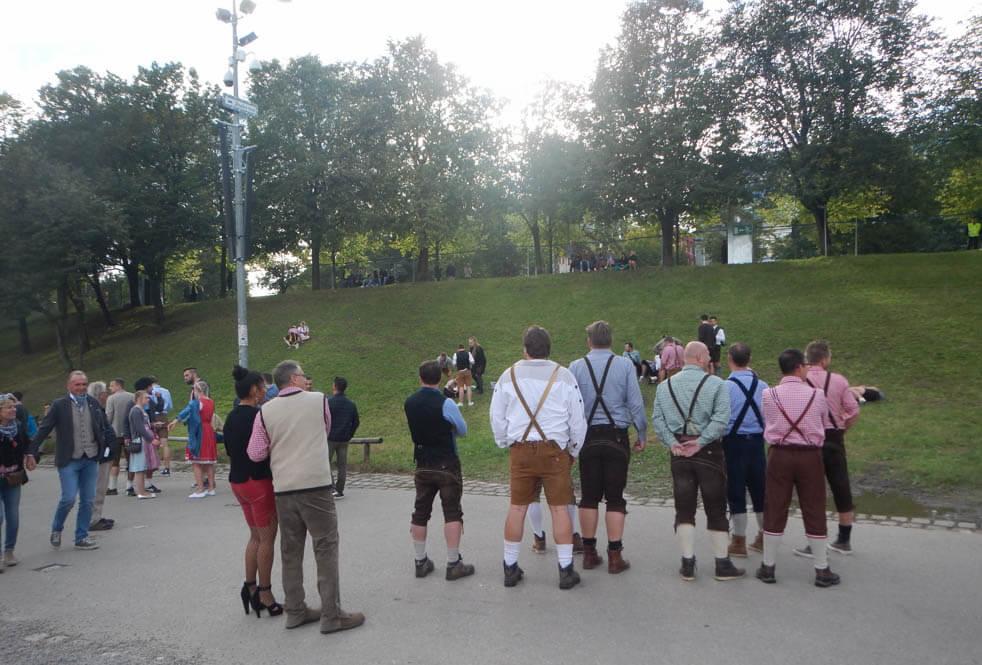 De Beruchte Heuvel - Oktoberfest