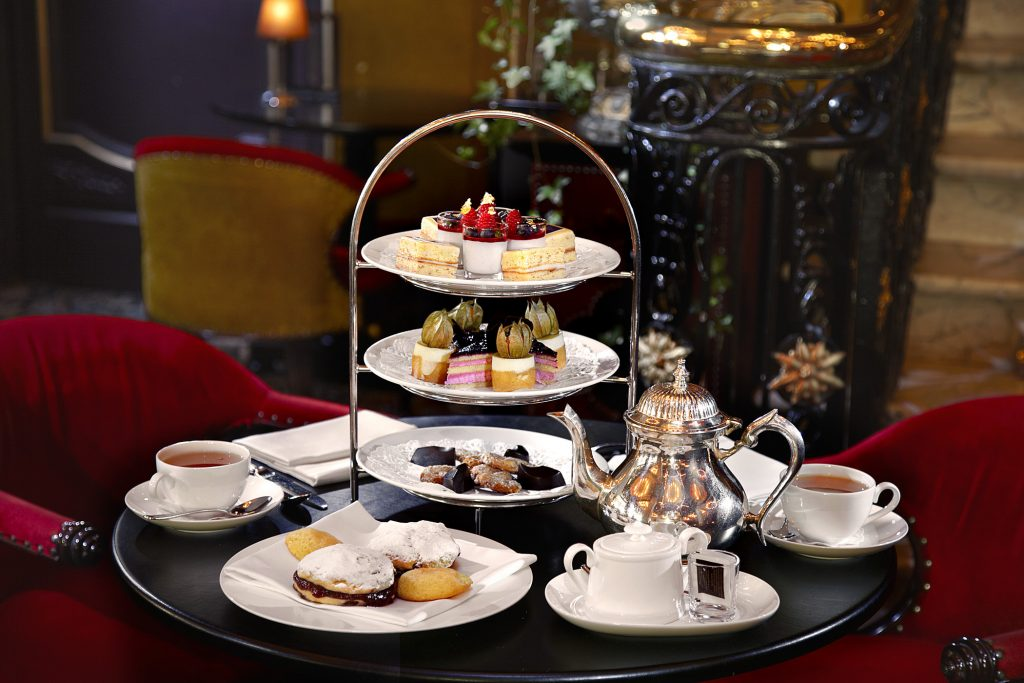 High Tea Hotel Des Indes