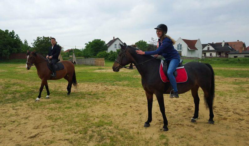 Hongarije-Poesta-paardrijdvakantie