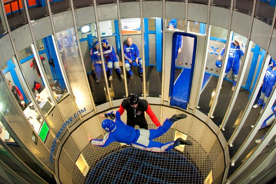 Indoor Skydive (Foto Pluimen)