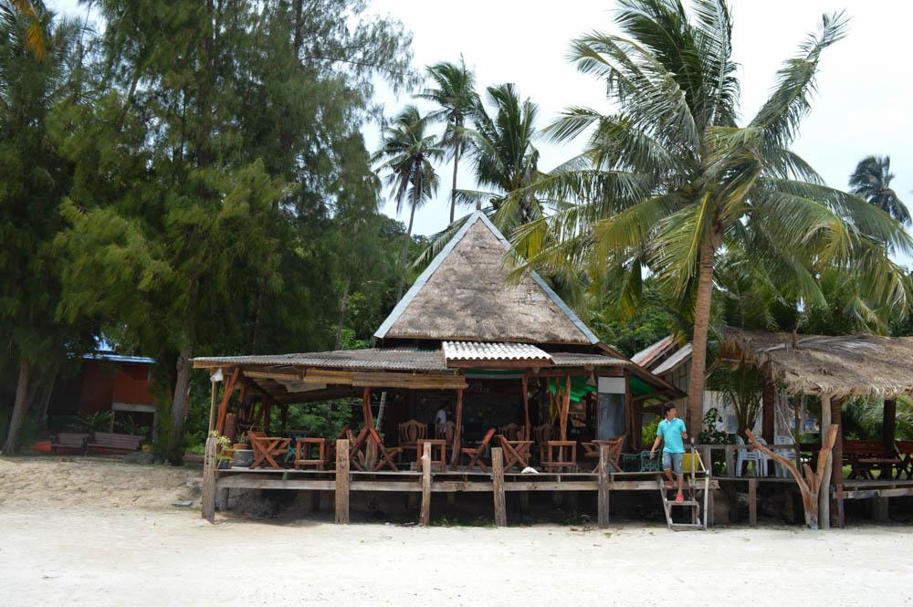 Terrace restaurant en bar