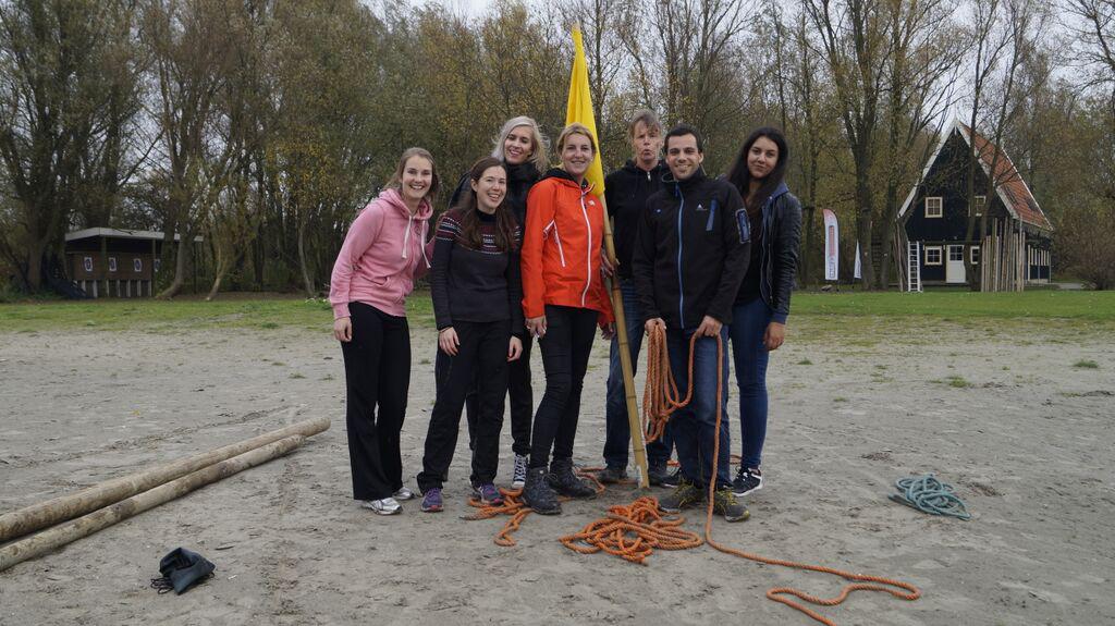 Team geel wint kano expeditie