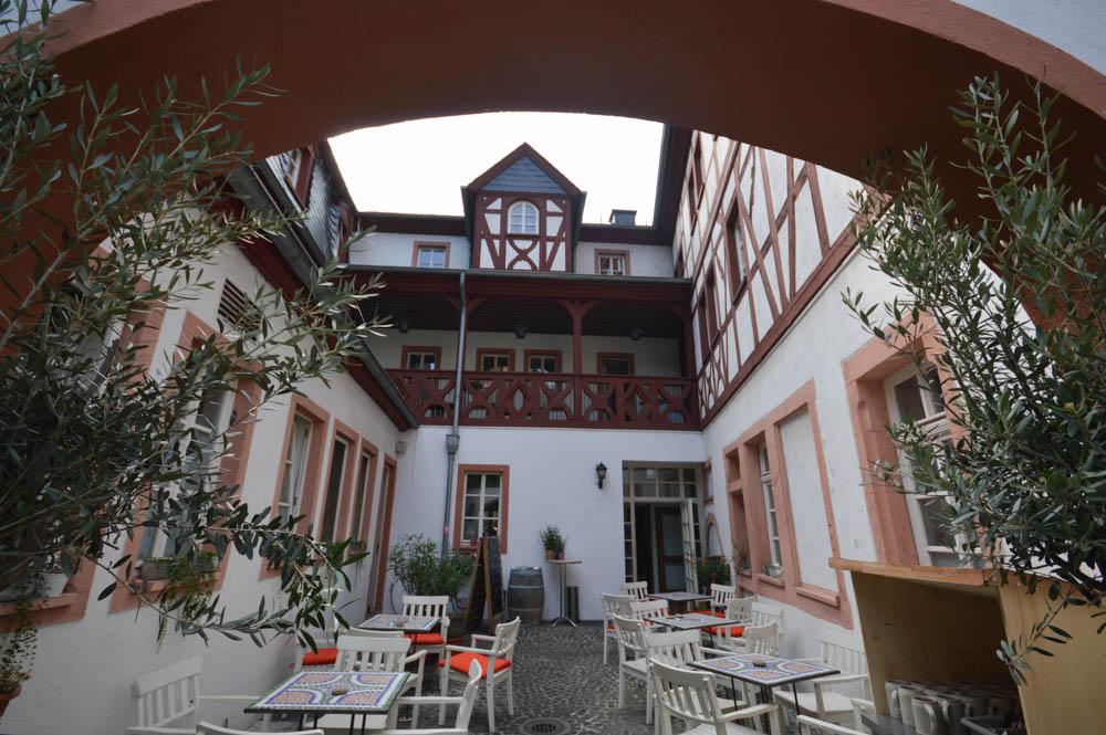 Weinstube Hof Ehrenfels