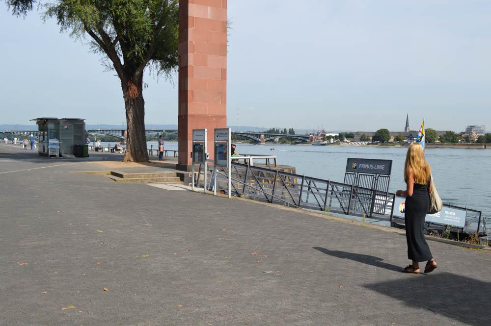 Flaneren langs de Rijn