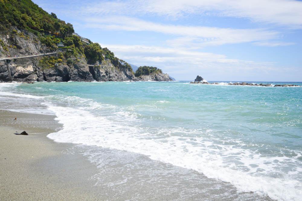 Strand, nabij oude centrum Monterosso al Mare