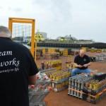 Opbouw Vuurwerkfestival in haven Scheveningen