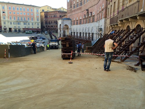 Opruimen Piazza del Campo Siena
