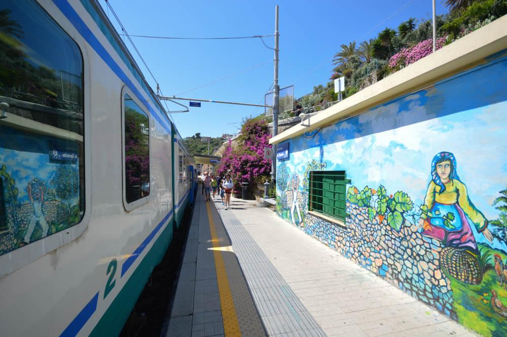 Reizen met de trein - Corniglia