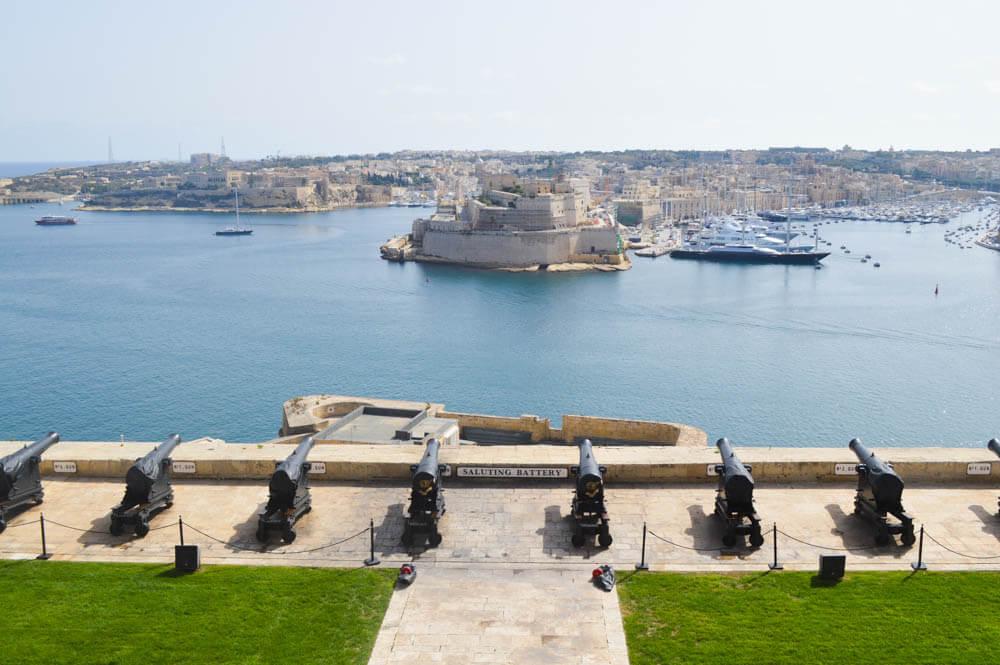 Saluting Battery - Upper Barrakka Gardens - Valetta