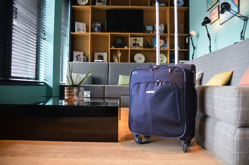 tips voor reizen met handbagage in vliegtuig