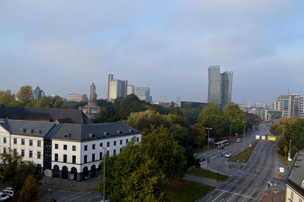 Uitzicht Motel One am Michel Hamburg