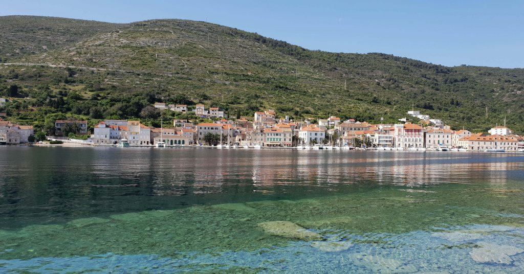 Bezienswaardigheden op Vis in Kroatië