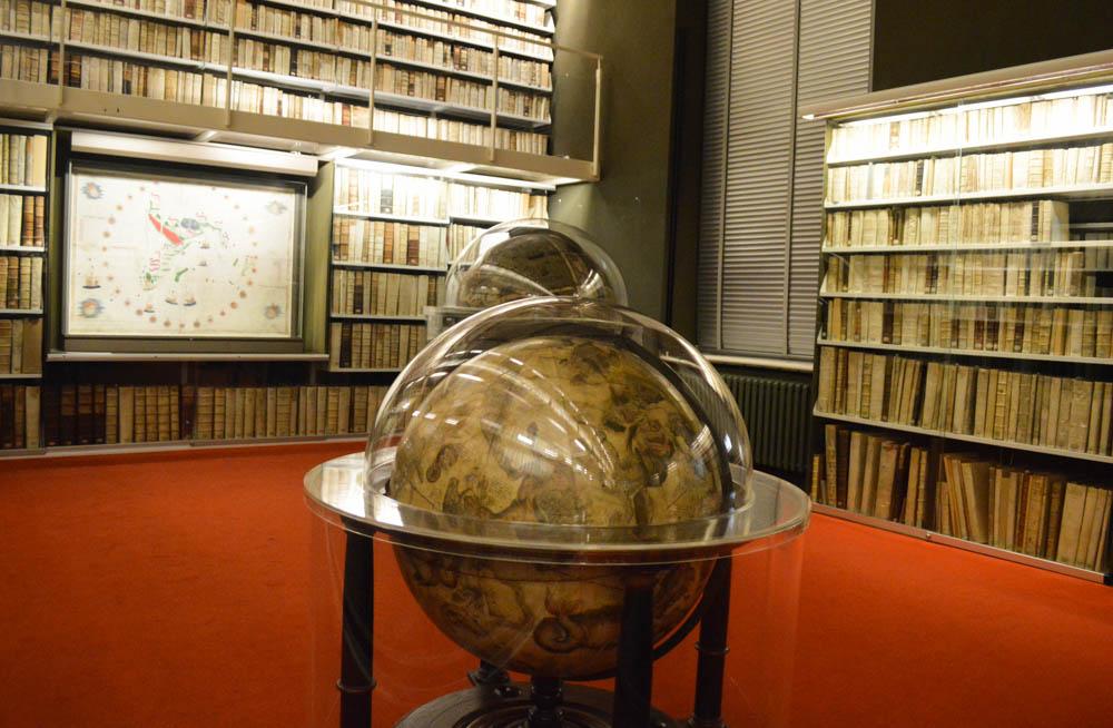 Globes Bibliotheek Augusta - Wolfenbuttel