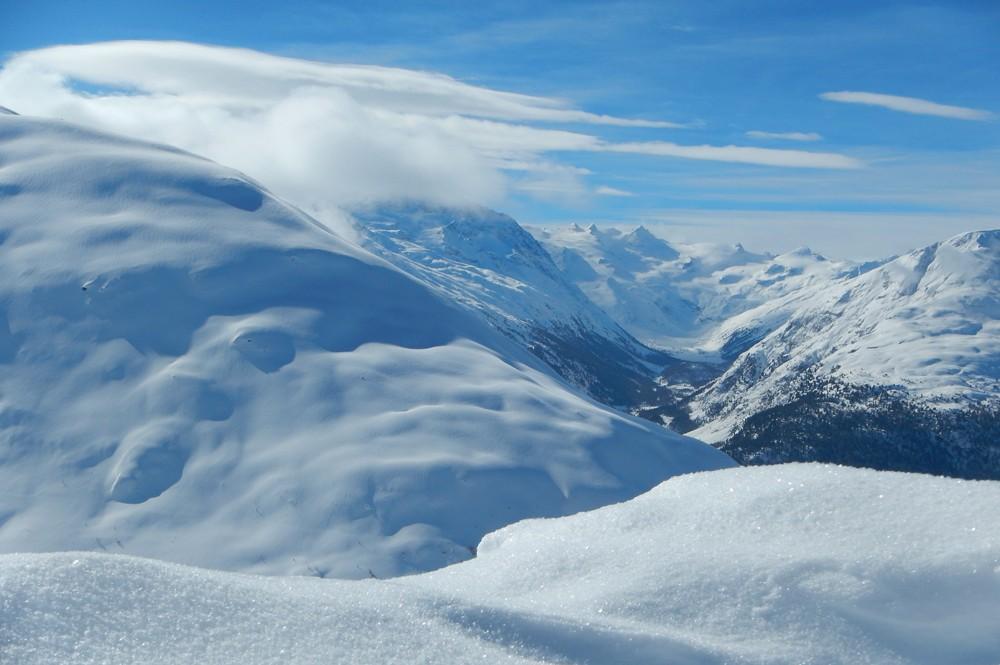 Zwitserland-bergen-sneeuw