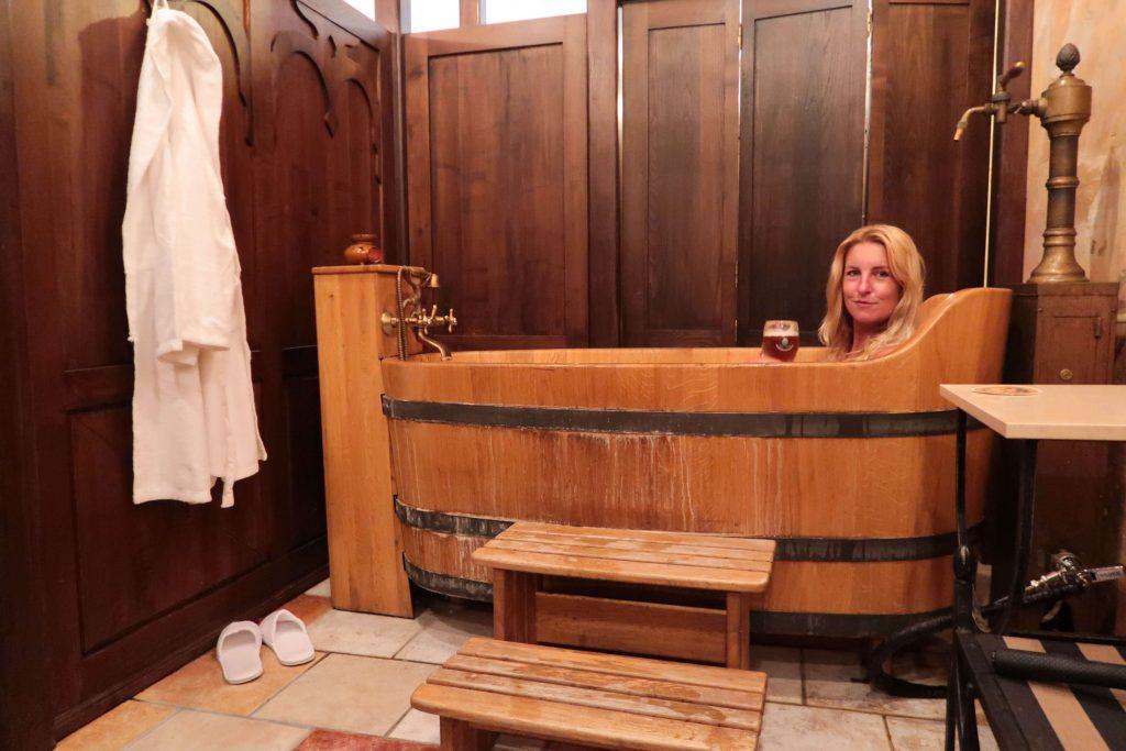 De voordelen van een bierbad in bierspa