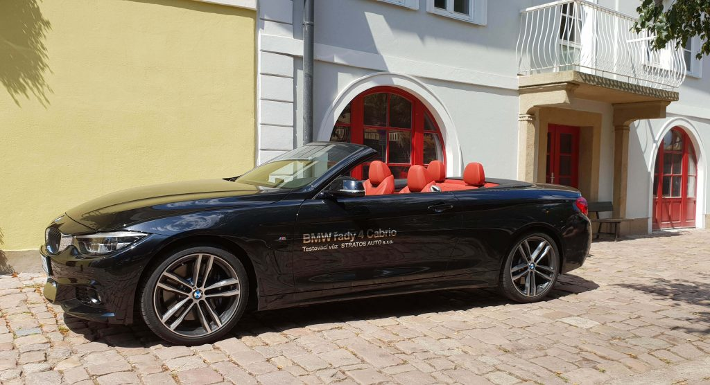 Waarop letten bij luxe auto huren buitenland