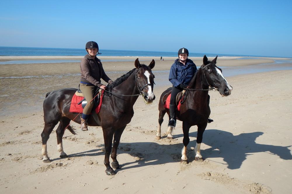 Paardrijden op het strand Egmond aan den Hoef