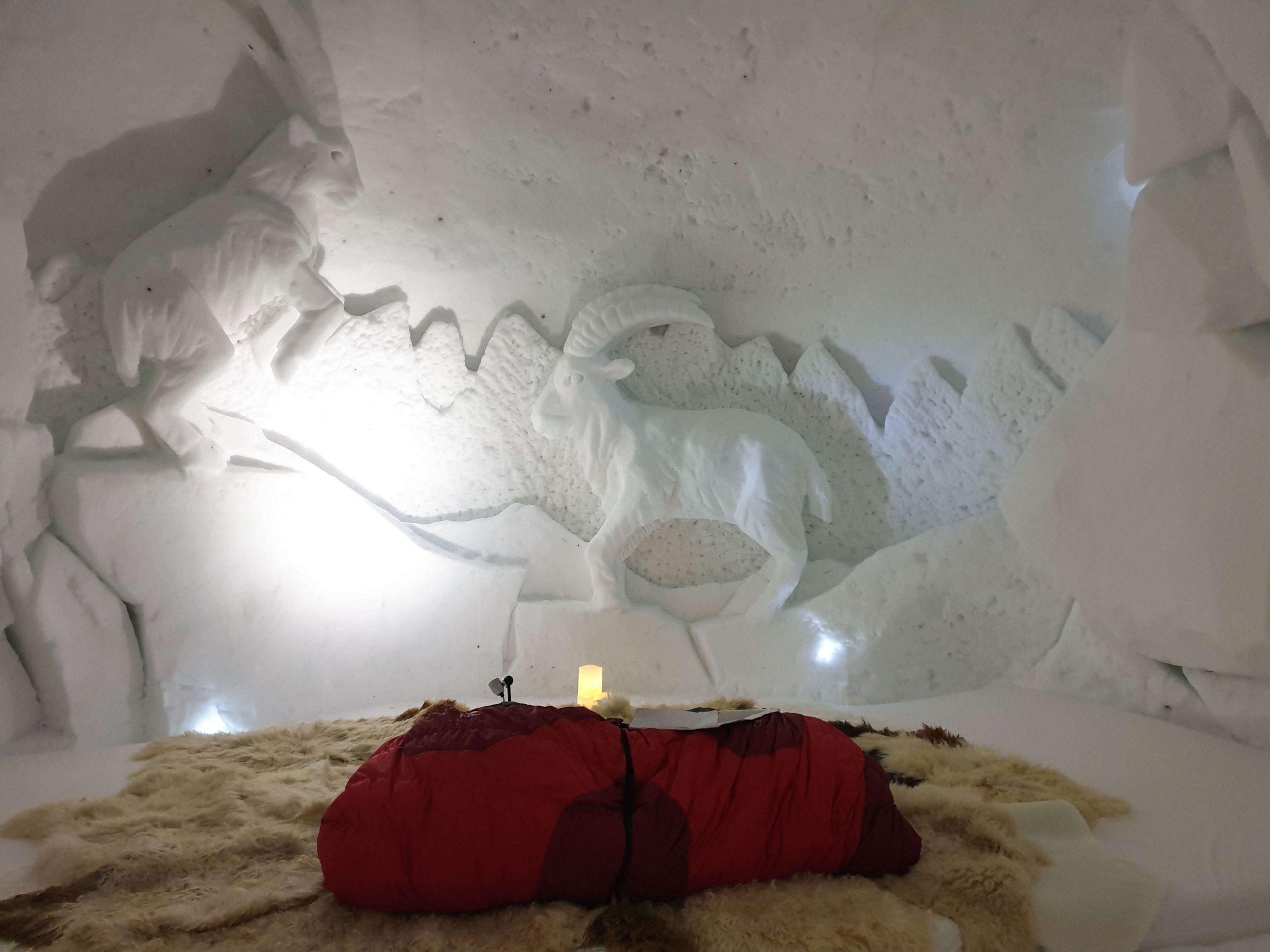 Slapen in een iglo in het Iglu Dorf