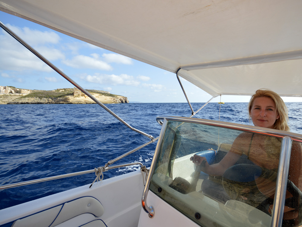 Sailing around Gozo