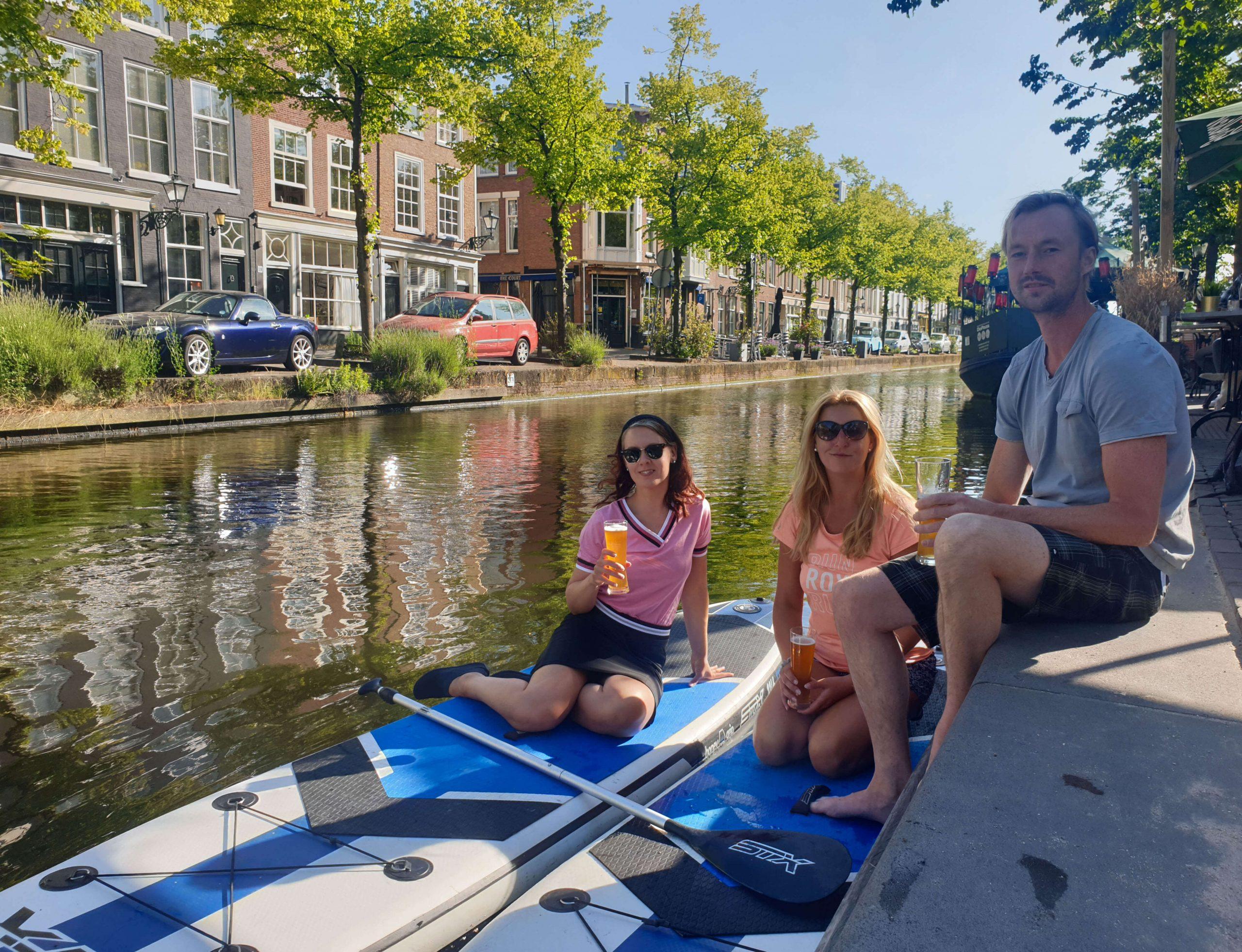 SUP huren Den Haag en borrelen aan de gracht