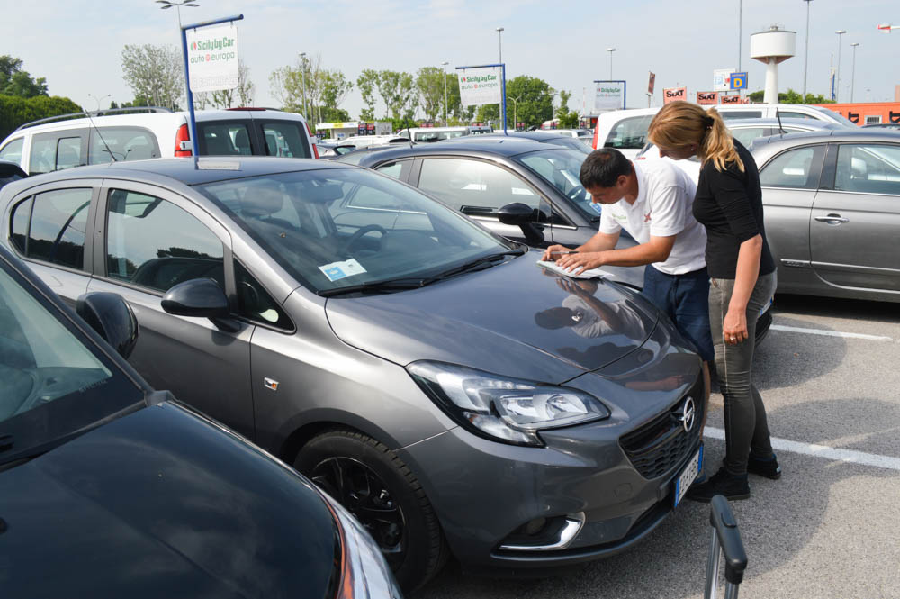 Tips voor autohuur in het buitenland