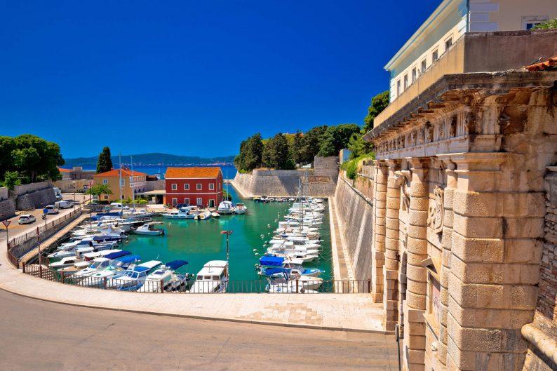 Vliegen naar Zadar in Kroatië
